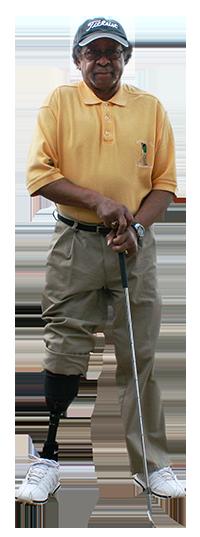 golfer with prosthetic leg